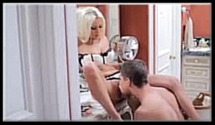 커플 섹스-화장대 걸터앉아 보빨