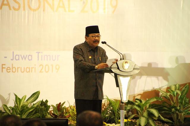 """Media Massa di Tengah Terpaan Winner Takes All Market"", Menjadi Topik Pembicaraan Puncak Peringatan Hari Pers Nasional tahun 2019 di Surabaya"