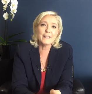 3ème direct de Marine Le Pen sur Facebook : 49.3, Black M, F. Hollande, A. Juppé, Santé, Police... dans Economie facebook%2B3%2B%25C3%25A9me%2Bdirect