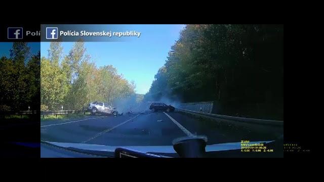 Σοκαριστικό τροχαίο δυστύχημα με Φεράρι, Πόρσε και Μερσεντές να κάνουν αγώνες ταχύτητας