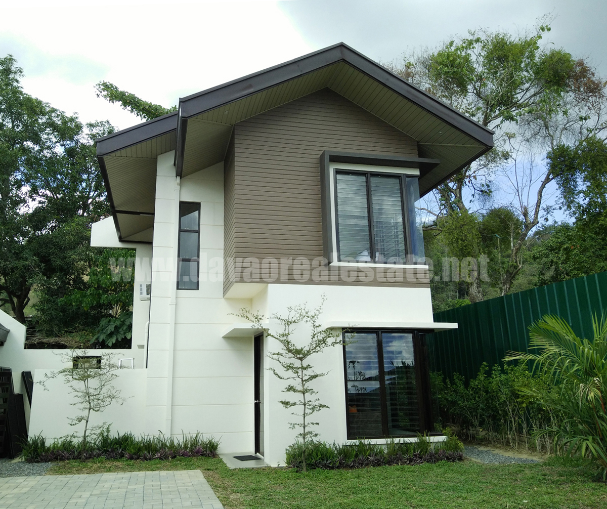 50 Low Cost Two Story House Designs For Small Land Area