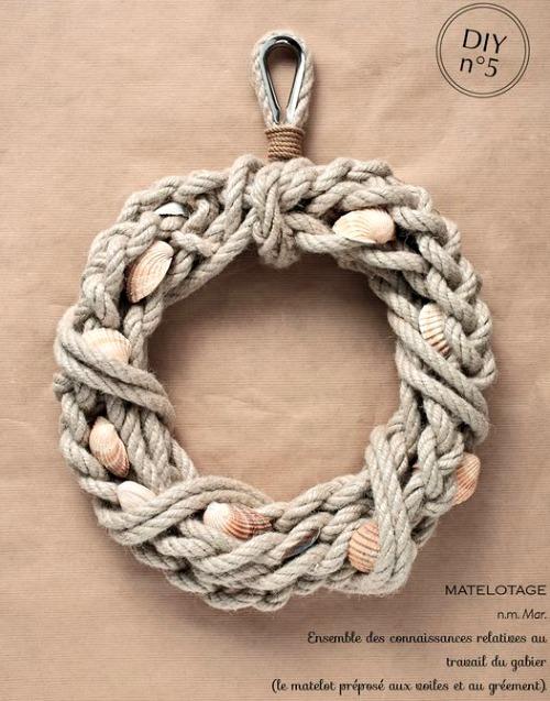 nautical rope wreaths coastal decor ideas and interior design inspiration images