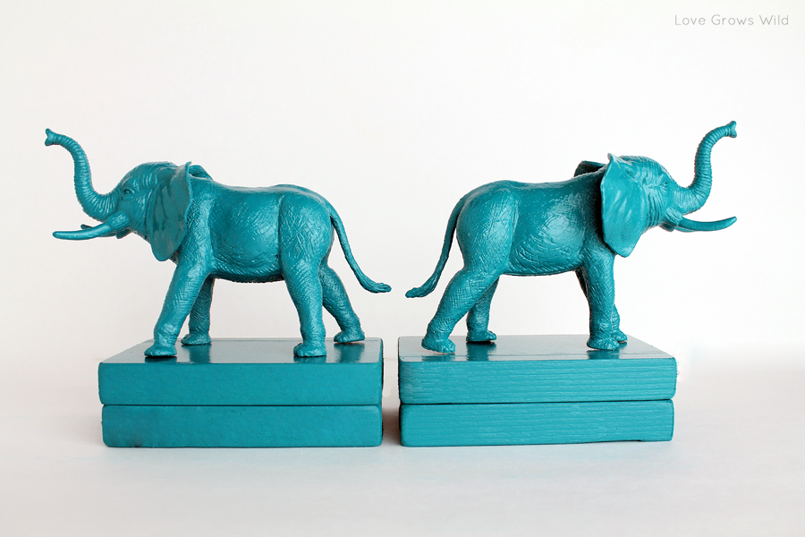 Plastic Elephant Book Ends - Love Grows Wild