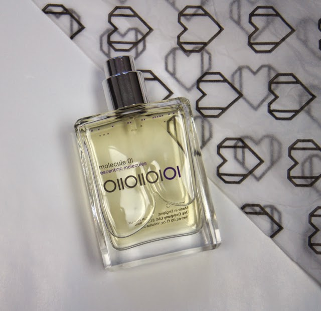 escentric molecules molecule 01 fragrance review
