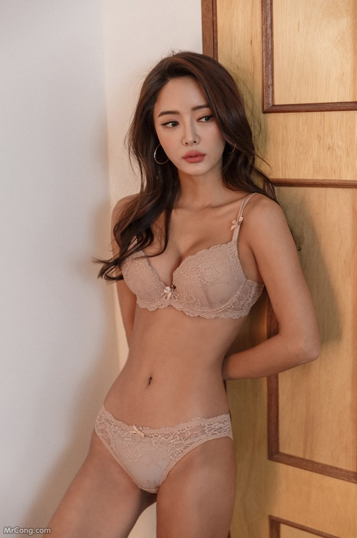 Image Korean-Model-Kim-Bo-Ram-012018-MrCong.com-002 in post Người đẹp Kim Bo Ram trong bộ ảnh nội y tháng 01/2018 (24 ảnh)