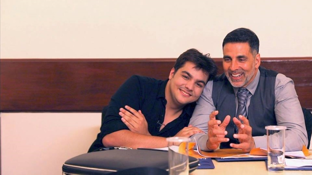 Ashish Chanchlani With Akshay Kumar
