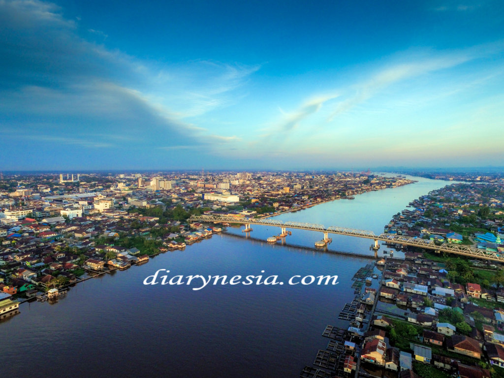 interesting facts about kapuas river, west kalimantan tourism, the longest river in kalimantan and indonesia, diarynesia