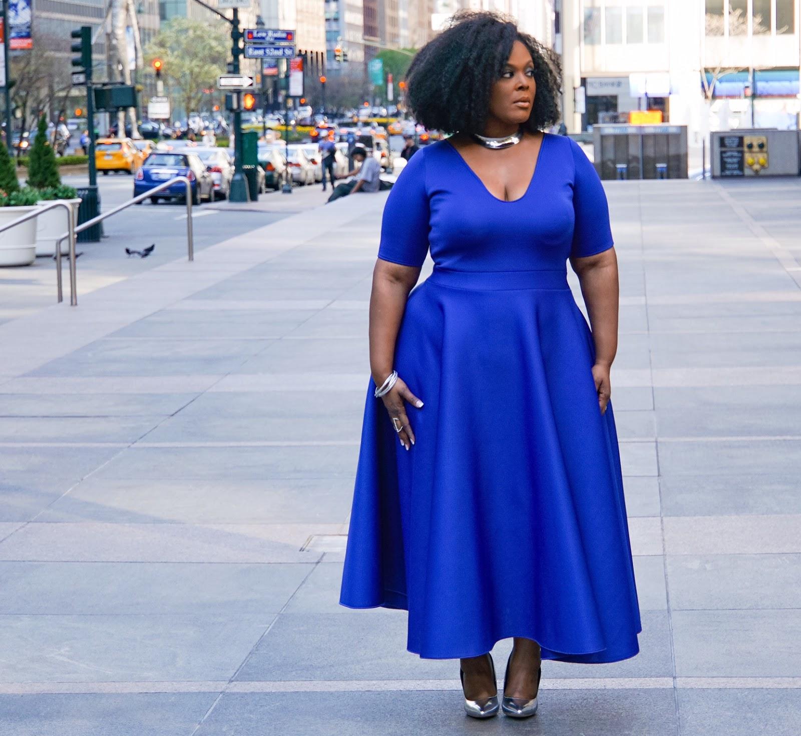 courtney noelle dress, courtney noelle blue dress, khloe dress courtney noelle, blue plus size dress