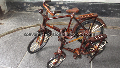 Miniatur Sepeda Ontel Murah
