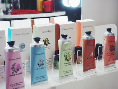 Crabtree & evelyn hand therapy