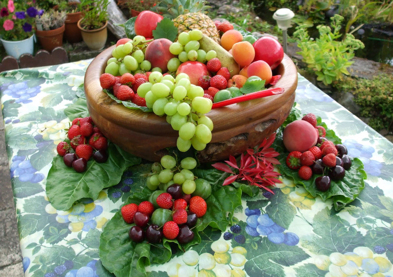 Beautiful Fruit Bowls The Scottish Home Brenda 39s Beautiful Fruit Sculpture