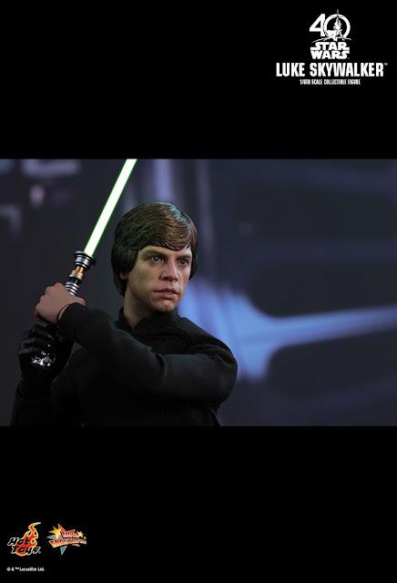 osw.zone Hot Toys MMS429 Star Wars: Return of the Jedi 1 / 6. Scale Luke Skywalker Collector Figure