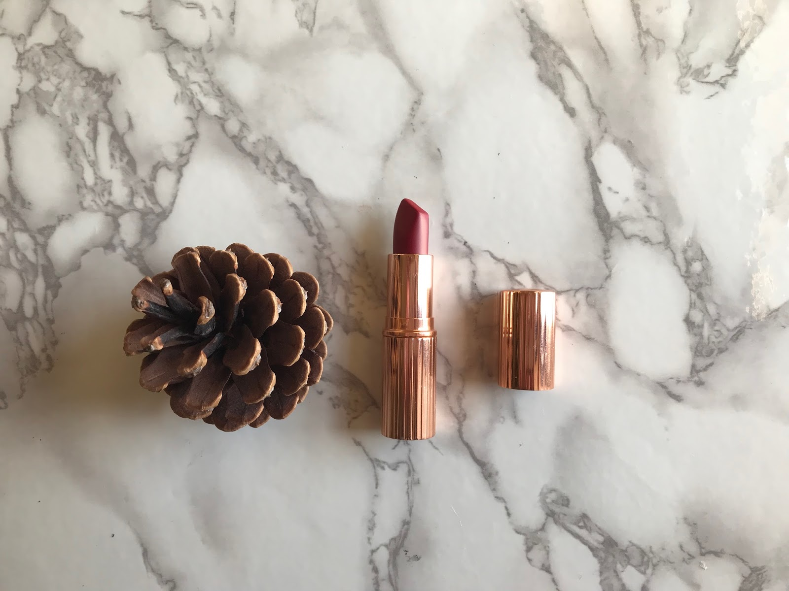 Charlotte tilbury red carpet red review and swatches