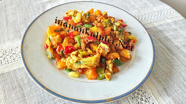 Kahvaltılık Yumurtalı Biberli Patates