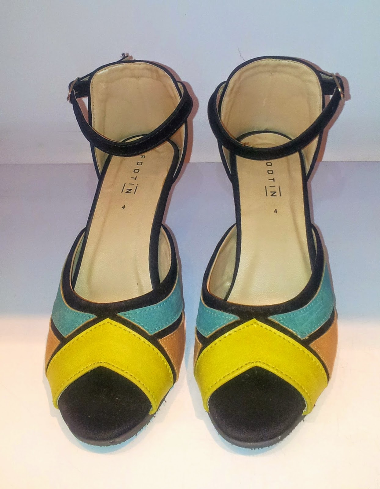 Stylish Colour-Block Peep-Toe Ankle Strap Sandals in Teal e12a71de19762