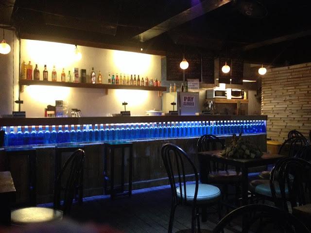 The Azul Surf bar