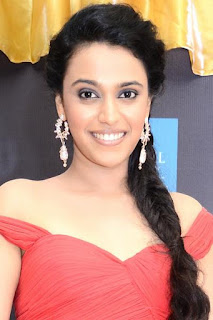 سوارا بهاسكار (Swara Bhaskar)، ممثلة هندية تعمل في أفلام بوليوود، من مواليد يوم 9 أبريل 1987 في دلهي، الهند.