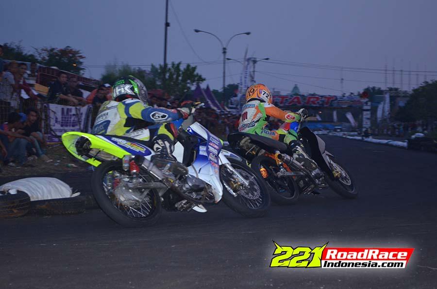 Road Race Semarang: Dari Nostalgia, Aspal Baru, Hingga Balapan Sampai Maghrib