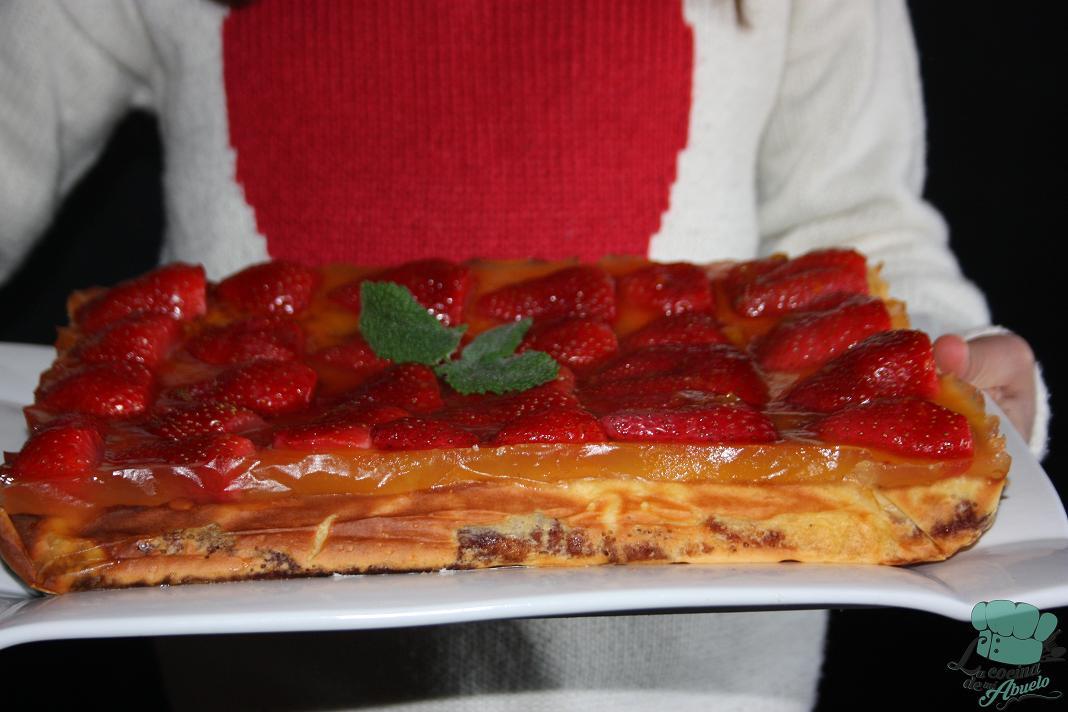 Postre tarta de queso con fresas - Postres con queso de untar ...