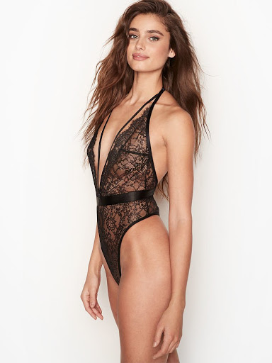 Taylor Marie Hill sexy lingerie model photoshoot