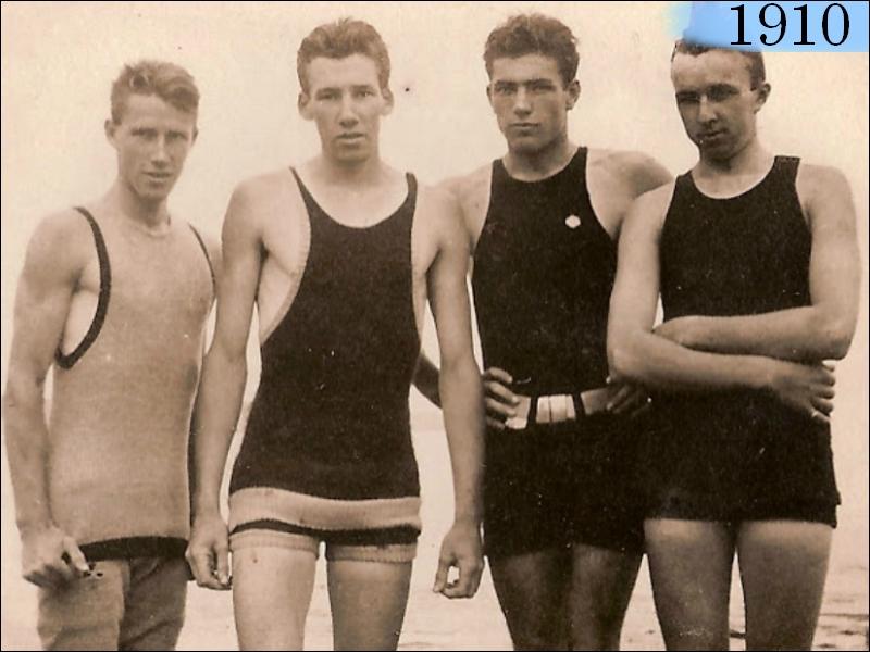 08fc25e6e Com a virada do século, os trajes de banhos masculinos assumiram um estilo  mais esportivo, sempre relacionados as atividades marítimas.