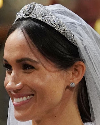 diamond bandeau filigree tiara queen mary meghan markle united kingdom