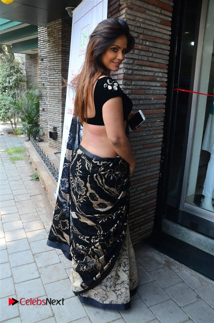 Neetu Chandra Stills in Black Saree at Designer Sandhya Singh's Store Launch