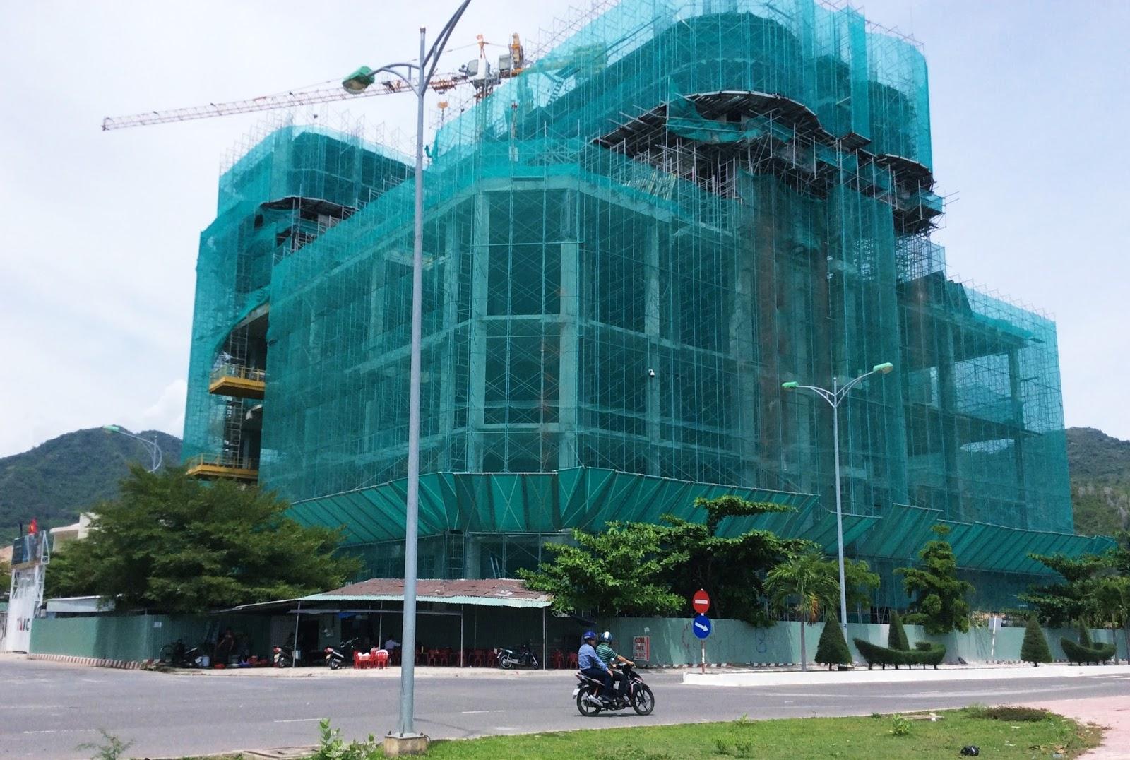 Tiến độ xây dựng dự án La Luna Resort