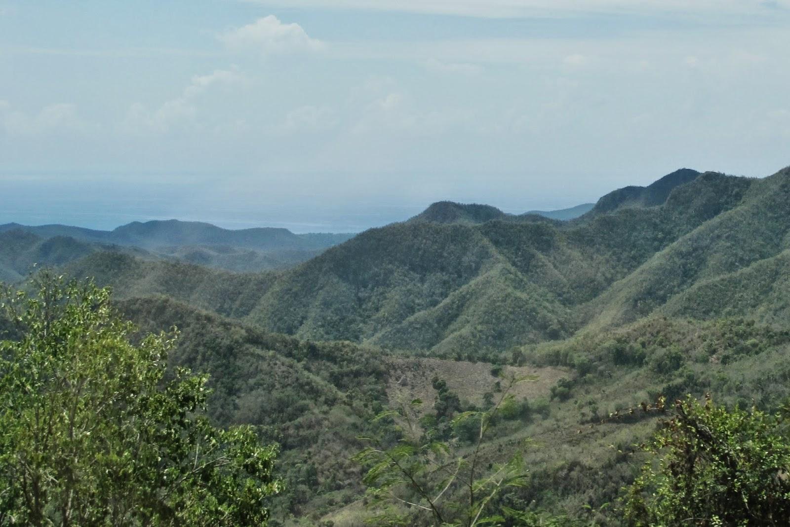 La Farola, a estrada que leva para Baracoa, em Cuba.
