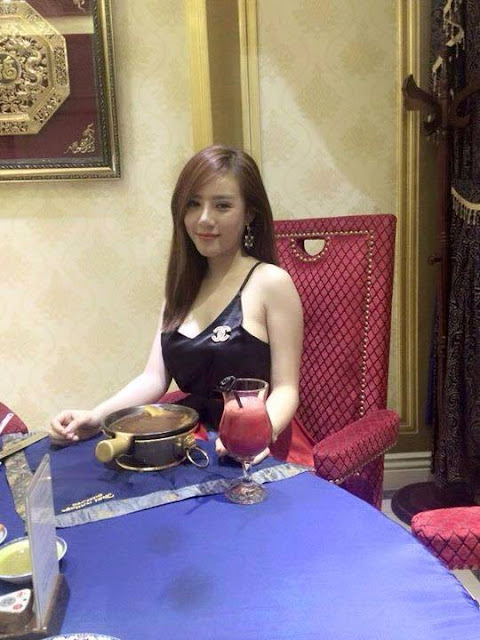 asian-porn-artist-dinner-with-sexy-dress