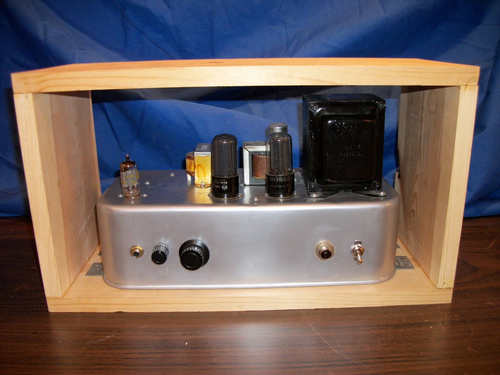 diy guitar amp cabinet for champ and build for carmen ghia. Black Bedroom Furniture Sets. Home Design Ideas