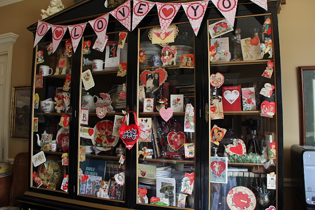 Vintage Valentine Card Display
