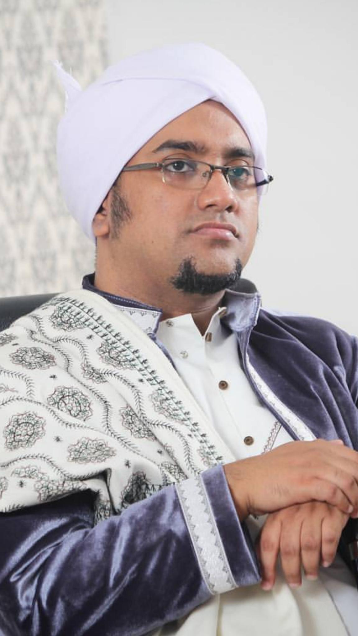 Download Wallpaper Wallpaper Habib Hasan 2702172