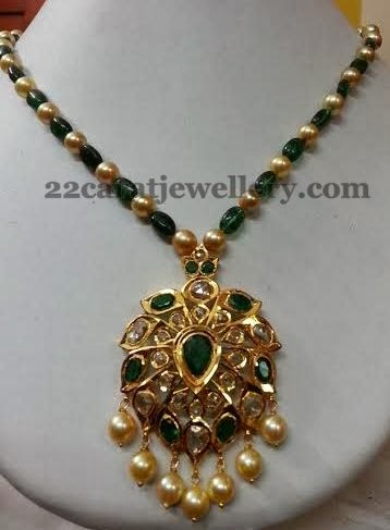 Emerald Beads Set With Pachhi Locket Jewellery Designs