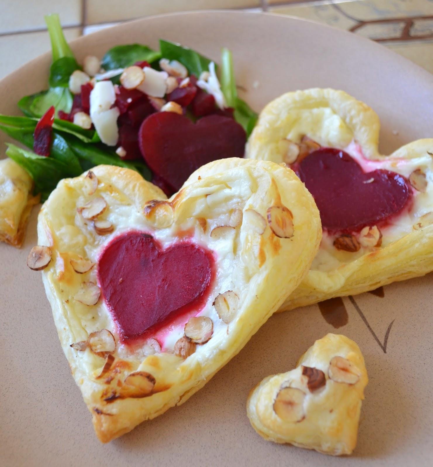Tartelettes fines chèvre noisettes betterave coeur