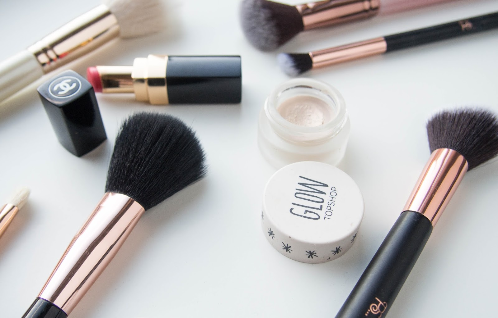 Makeup Brushes, Chanel Lipstick, Beauty Blogs, Beauty, Derbyshire Blog, Belper Blog, Katie Writes,