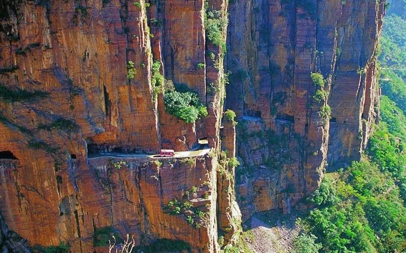 guoliang tunnel road china