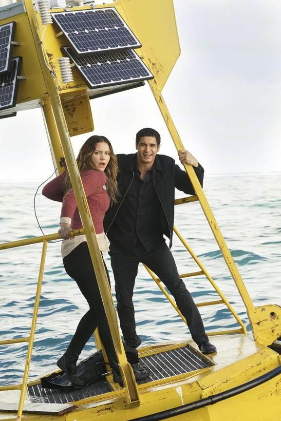 Scorpion - Season 3 Episode 15: Sharknerdo