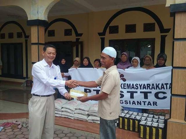 Bulan Suci Ramadhan, PT. STTC Peduli Kaum Duafa di Mesjid Baiturrahim