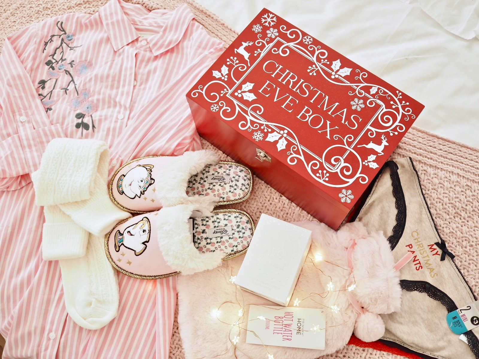 Christmas Eve Boxes, What to put inside a Christmas Eve Box - Dainty Dress Diaries