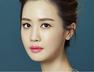 8.lee da hae - artis korea tercantik dan terseksi di tahun 2017