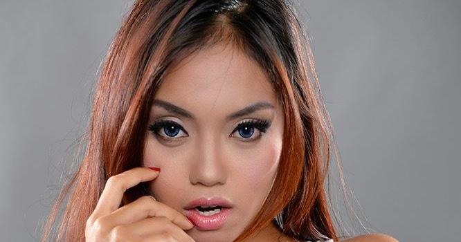 Model Seksi Indonesia
