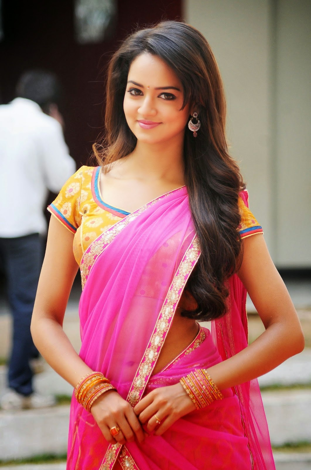 Apoorva Hot Navel Indian Actress Saree Below Navel Show