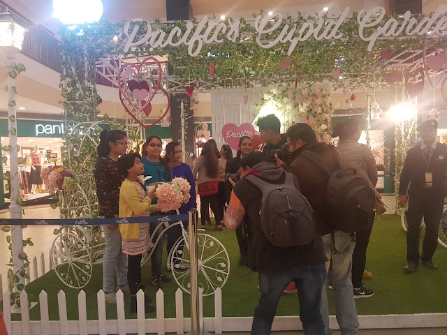 Valentine's Day at Pacific Mall, Dehradun.