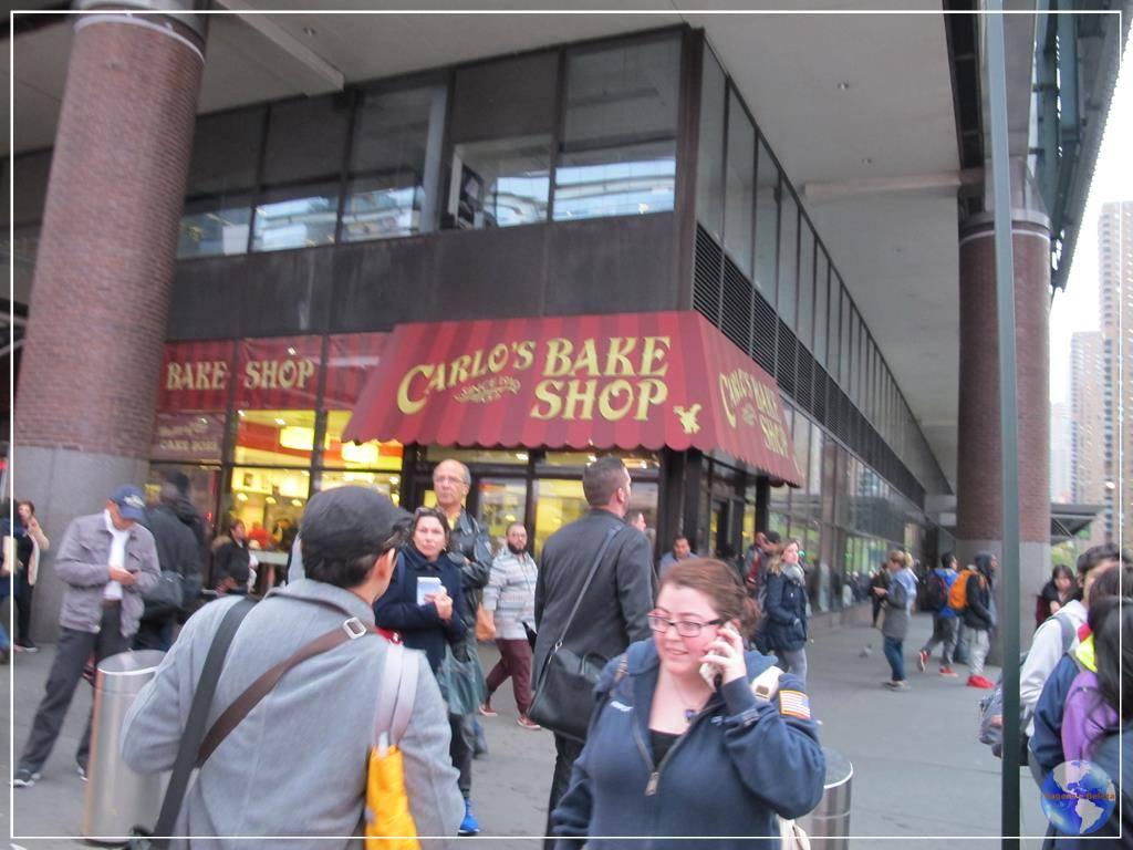 Experimentando o best cannoli da carlo 39 s bakery em for Pasticceria da carlo new york