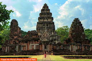 Cover Photo: Prasat Hin Phimai (Phimai Historical Park)