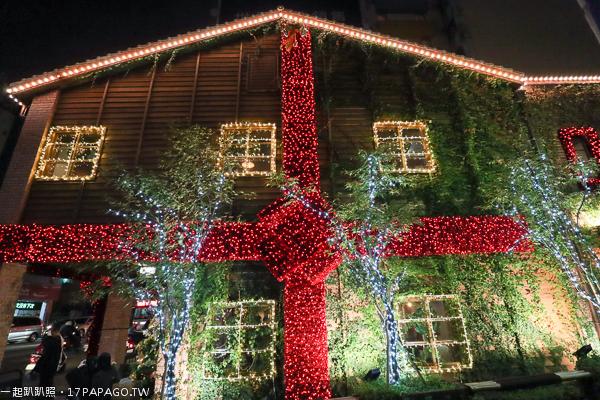 2018台中聖誕節活動,瓦庫燒肉,百年紅磚建築變成大禮物箱