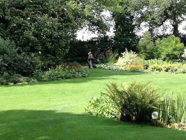 współczesny ogród angielski, ogród nieformalny