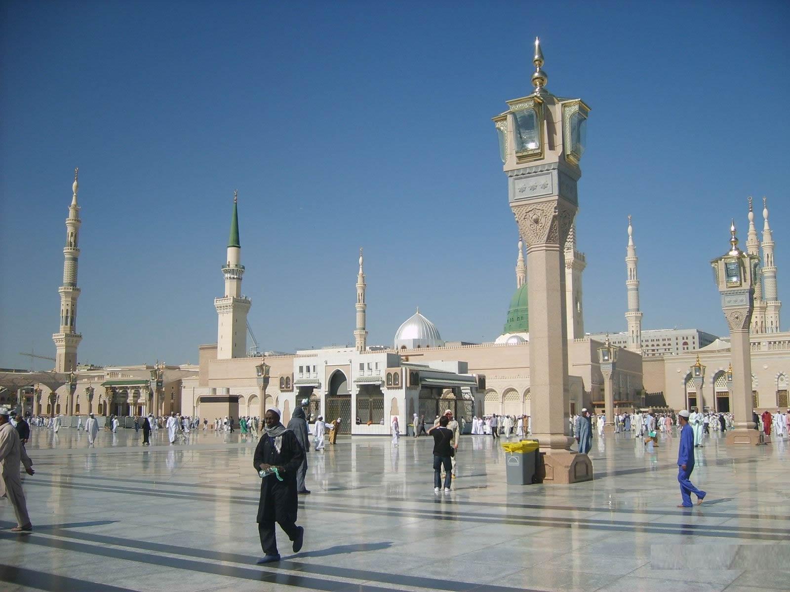 The gallery for --> Masjid E Nabvi Roza E Rasool
