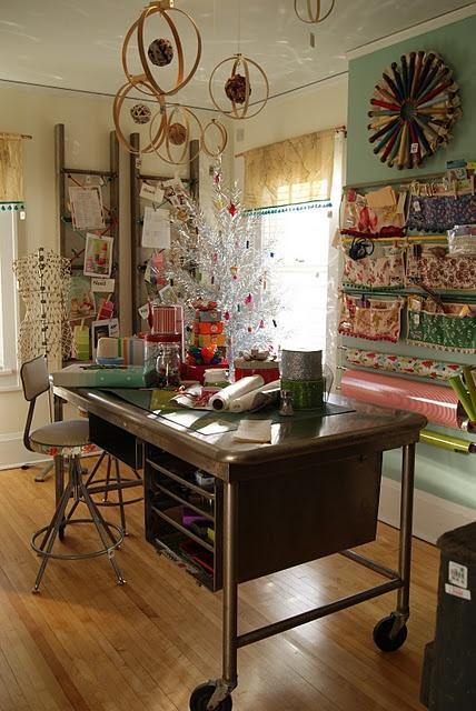 Creative Room Designs: Crafty Texas Girls: 17 Creative Ideas Using Embroidery Hoops
